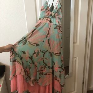 Cute Flowy Long Dress | Size Small